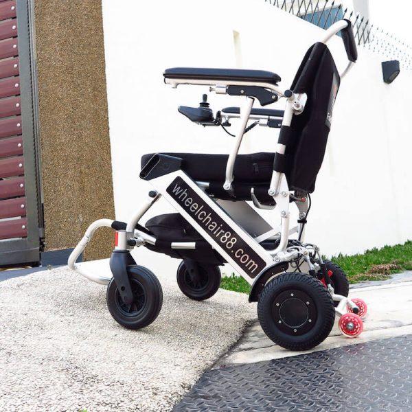PW-999UL—Ultra-Light-Power-Chair_5